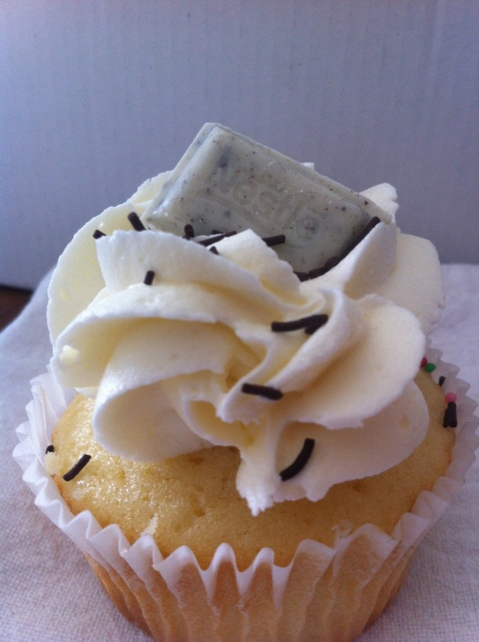 Vanilla cupcake with white chocolate cookie dough and vanilla buttercream