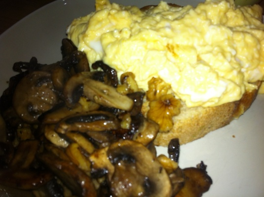 Scrambled Eggs on Sourdough with Mushrooms