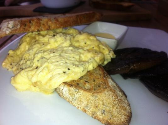 Scrambled Eggs on Toast with Field Mushrooms
